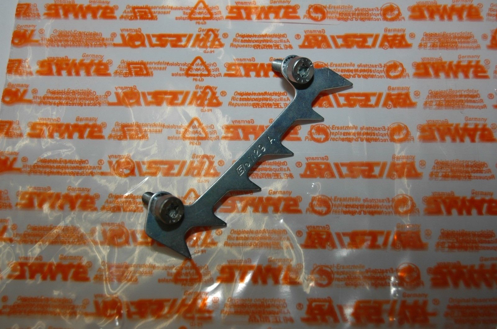 NEU Original Stihl 019T  MS190T MS191T Krallenanschlag 1129 664 0500 11296640500