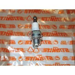 Stihl Zündkerze für MS 341 - 800 NGK BPMR7A